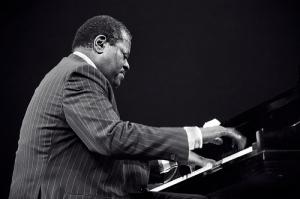 Late Great Jazzman, Oscar Peterson
